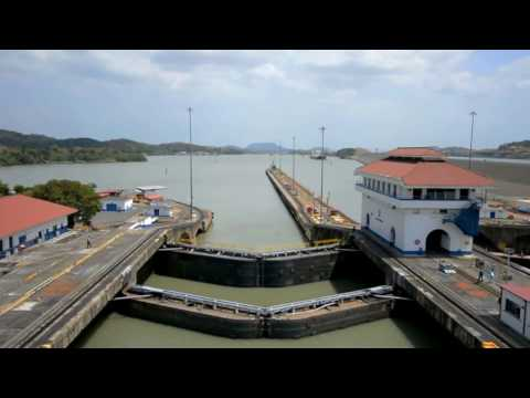 21 - Transiting the Panama Canal!