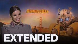 Hailee Steinfeld Had To Learn 80s Fashion For 'Bumblebee' | EXTENDED