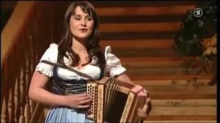 "Swiss folk music - ""Lasst uns heute feiern"" - Sandra Ledermann"