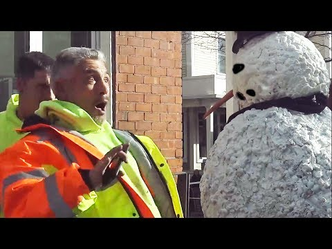 Scary Snowman Prank Laugh your Abs Off - Directors Cut