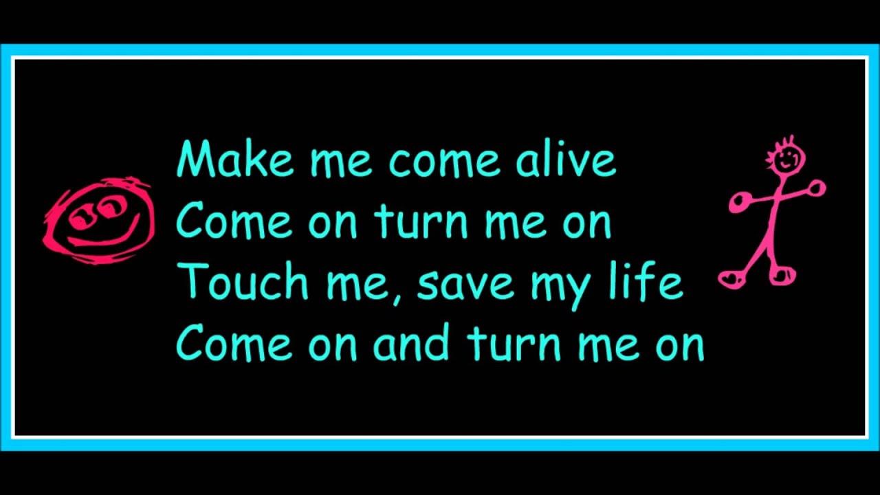 Download David Guetta ft.Nicki Minaj-Turn Me On(lyrics)