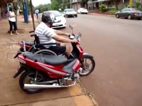 Handyscoot central de motos youtube for Sillas para motos