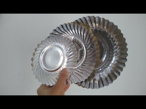 Easy Birthday decorations idea with PAPER PLATES