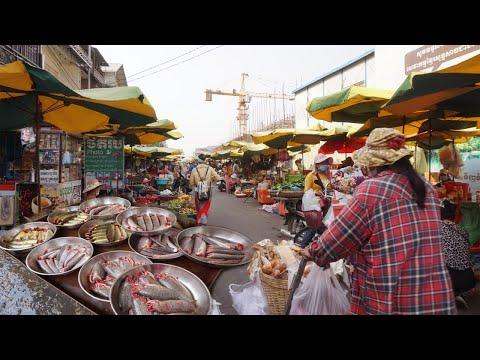 Morning Market Scenes - Amazing Street Food At Century Plaza Market @ Pochentong Phnom Penh