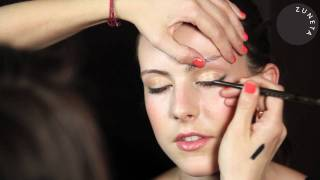 Zuneta presents BECCA ¬ Automatic Eye Pencil