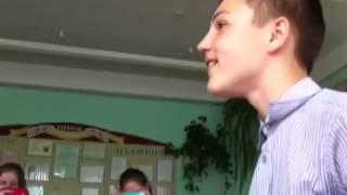 Как Егор читал рассказ по бел. лит.......