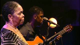 CESARIA EVORA - Sodade. Live In Paris at Le Grand Rex, April 2004. (HD).