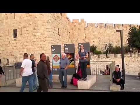 3 women street preachers @ Jerusalem, Israel