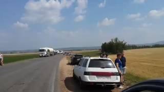 Видео: В Башкирии в лобовом столкновении легковушки и большегруза погибла целая семья 2