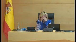 Consejera de Sanidad de CyL rompe a llorar al recordar a fallecidos