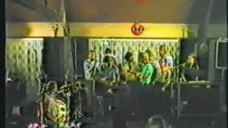 Time is tight - (the end of the show 1983)