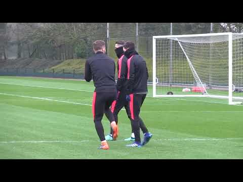 Arsenal train ahead of crunch trip to Moscow