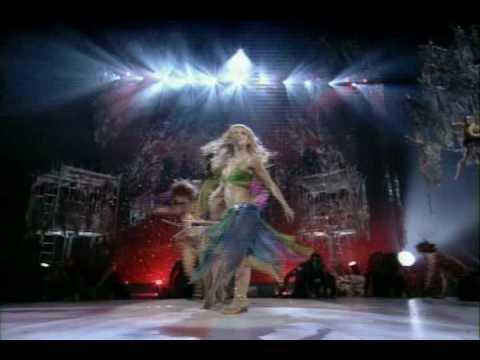 Britney Spears - I'm A Slave For U @ VMA 2001 (HQ)