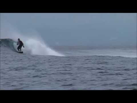 Video surf Shipwrecks, Playgrounds Nusa Lembogan. Nusa Lembogan shipwrecks, Playgrounds surf spot