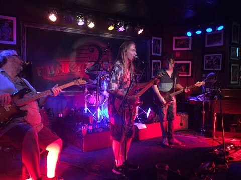 """Crazy Fingers """"Stones~Bones~Dark Star~Iceberg~Other One~Playin'"""" The Funky Biscuit, 8-11-2016"""