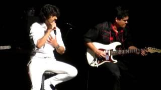 Sonu Nigam      Yeh Jeevan Hai, Is Jeevan Ka        Orlando Concert 2012