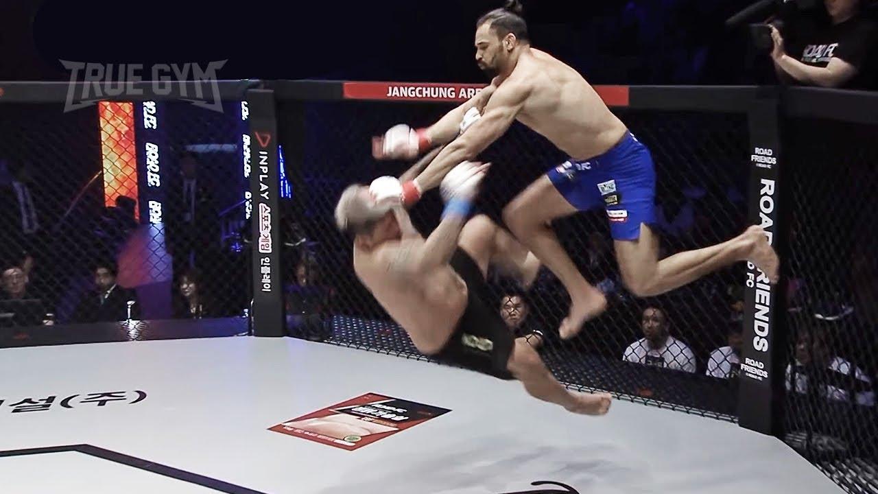 ЧТО ОН ТВОРИТ?! Боец устроил настоящее безумие в бою / Fighter shows сrazy capoera skills