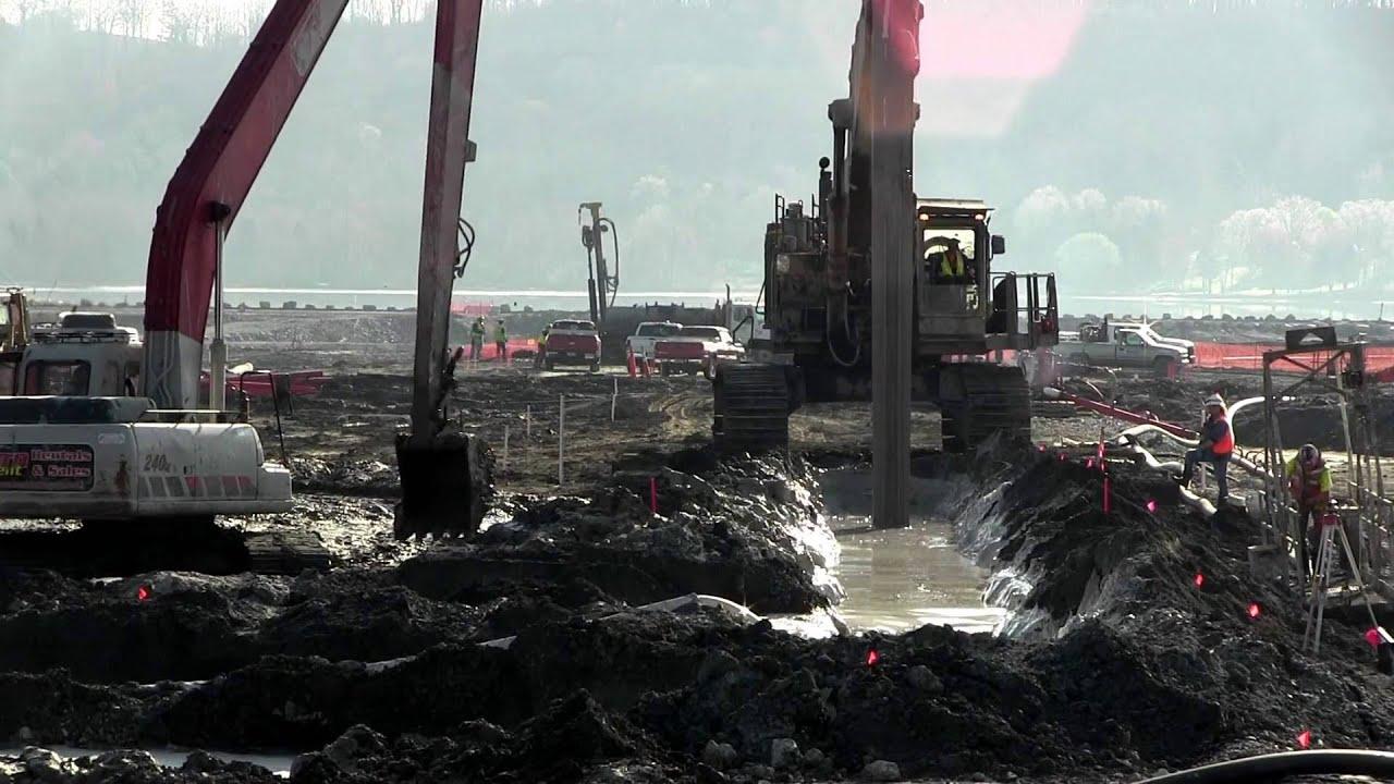 Cement-Bentonite Slurry Trench Excavation