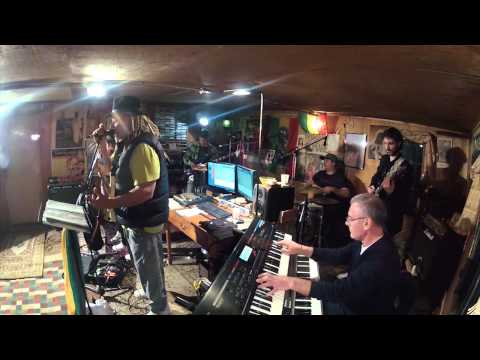 Egy Brugal & Jamaicanbus - Intro - Psalm - cover Alpha Blondy