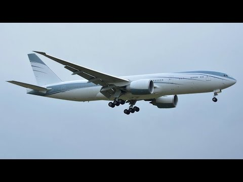 (with live ATC) Private Boeing 777-200 landing runway 14 at Zürich-Kloten
