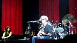 Eric Clapton live in Hong Kong 18th Feb 2011 ~ When Somebody Thinks You're Wonderful