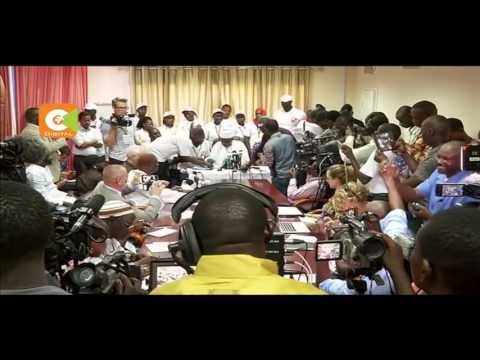 Gambian head of elections flees to Senegal