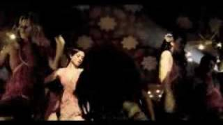 "Shake That Alesha Dixon!(Eminem song on ""The boy does nothing video"")"