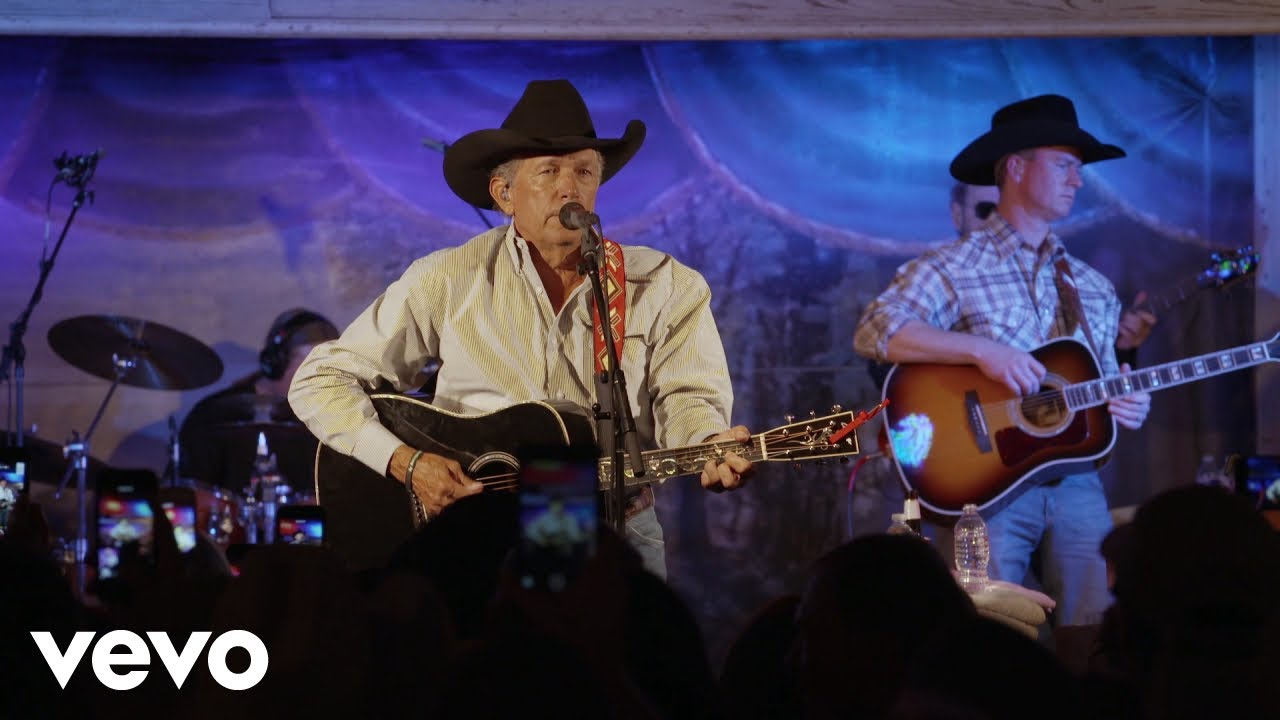 Download George Strait - Amarillo By Morning (Live At Gruene Hall, New Braufels, TX/2016)