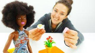 Кофейня у Барби - завтрак для кукол. Видео для девочек