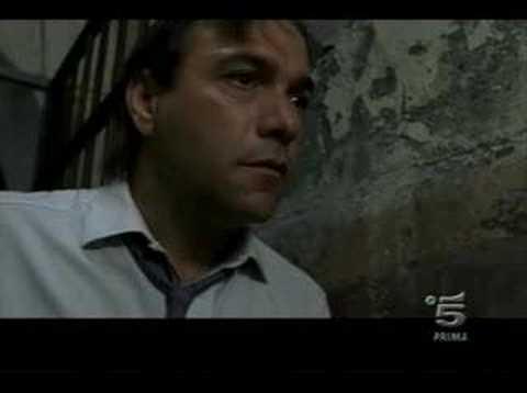 Vincent Riotta...Buscetta tortured