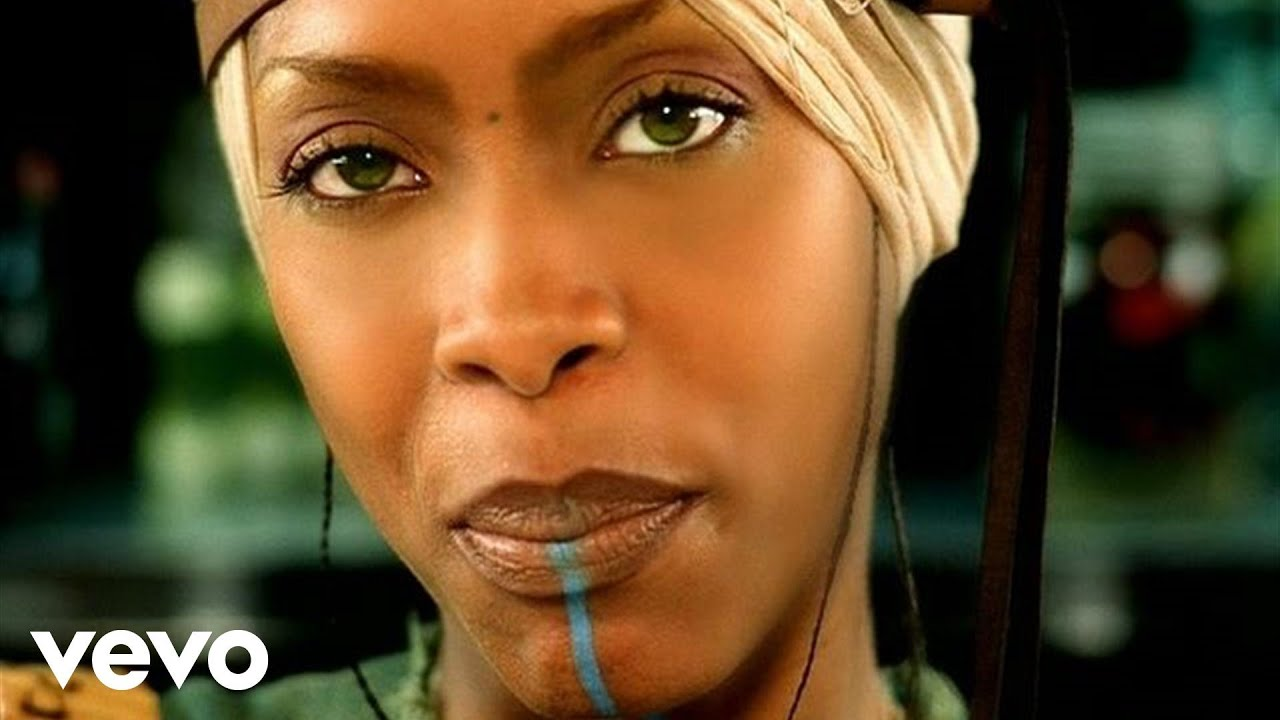 Erykah Badu ft  Common - Love Of My Life (An Ode To Hip Hop) [Official  Video]