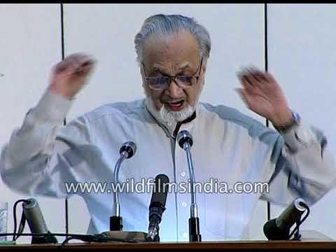Vijay Tendulkar, Marathi dramatist, speaks at Samvatsar Lecture