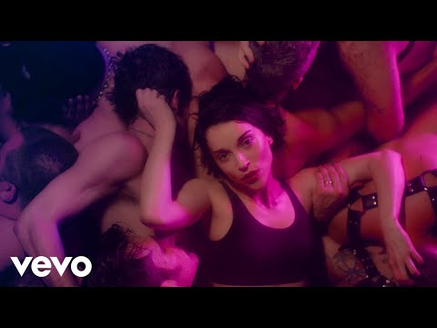 St. Vincent - Fast Slow Disco (Music Video)