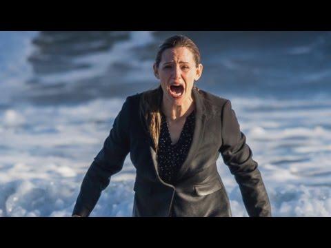 Jennifer Garner Sobs in the Ocean While Filming Emotional Scene for New Movie