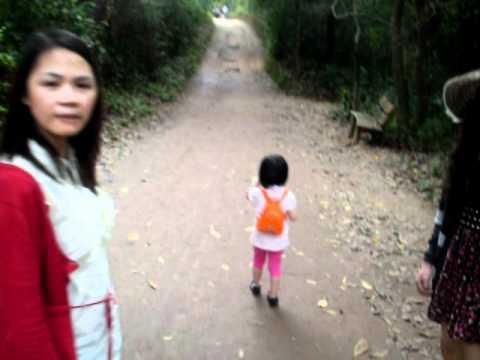 gia dinh HoangCo len Thanh Dia My Son 2
