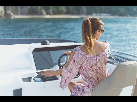 Princess 49 | Flybridge motor yacht