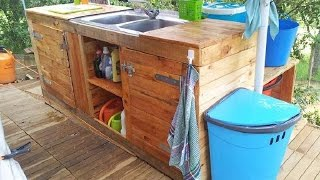 The 22 best pallet furniture ideas for your kitchen