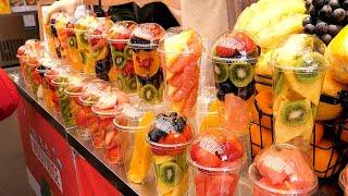 Fresh Fruit Juice in Tourist Market - Korean Street Food