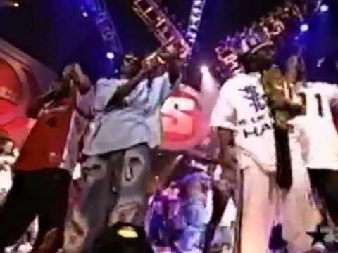 2004 BET Source Awards - Getting Crunk !!