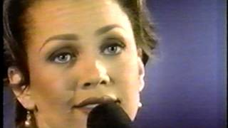 VANESSA WILLIAMS-SWEETEST DAYS