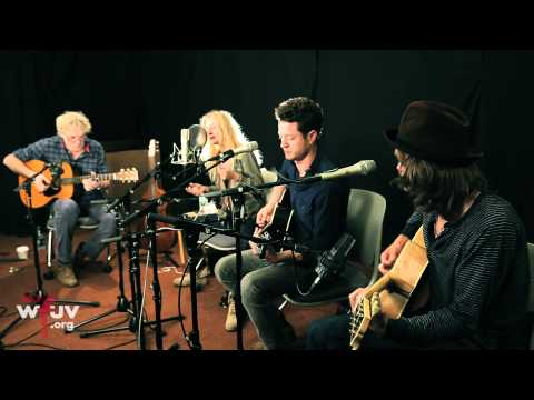 """Shelby Lynne - """"Paper Van Gogh"""" (Live at WFUV)"""