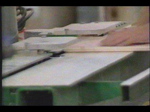 Miralis -Rimouski: fabricant d'armoires de cuisines 2002