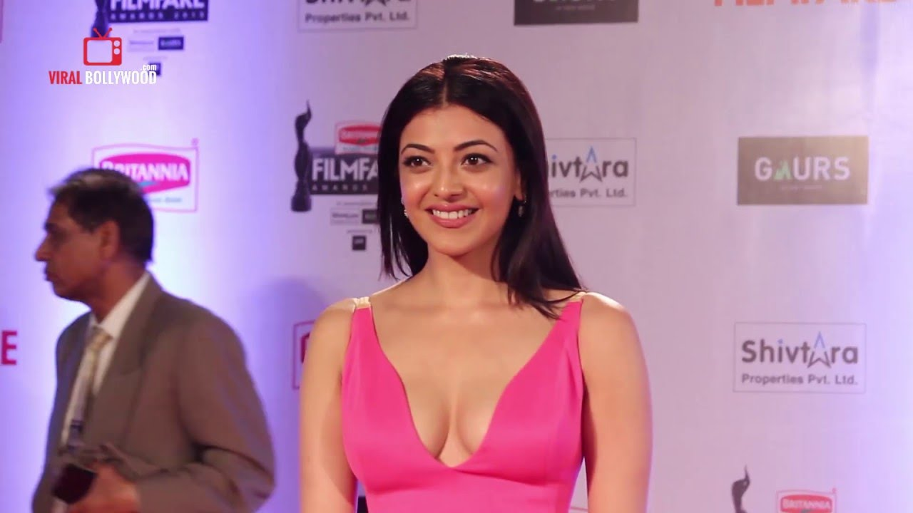 Hot Kajal Agarwal Spotted At 61St Filmfare Awards 2016 -7088
