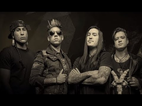 "Escape The Fate stream new song ""Digging My Own Grave"" off I Am Human"