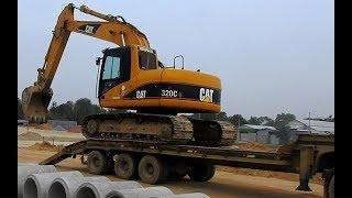 Excavator Heavy Unloading Truck Operator