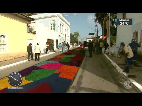 Fiéis preparam os tapetes coloridos para o feriado de Corpus Christi | Primeiro Impacto (31/05/18)