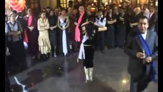 Цыганские девушки танцуют супер
