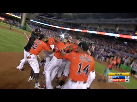 4/16/17: Straily, Riddle lead Marlins to 4-2 win