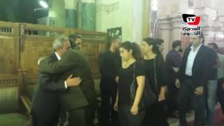 أحمد عيد وأيتن ووفاء عامر في عزاء شقيق «صبوي فواز»
