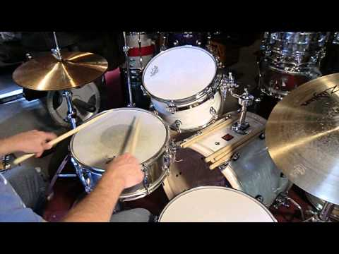 DRUM CHAT With BONZOLEUM  * SNARE DRUMS * GREAT KIT* STUFF